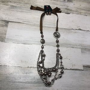 Necklace and earring set brown dangle